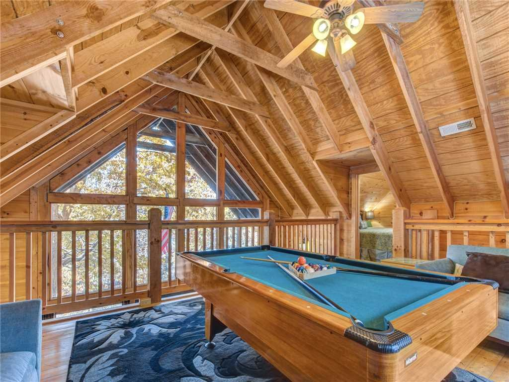 Photo of a Sevierville Cabin named Sunset Lodge - This is the ninth photo in the set.