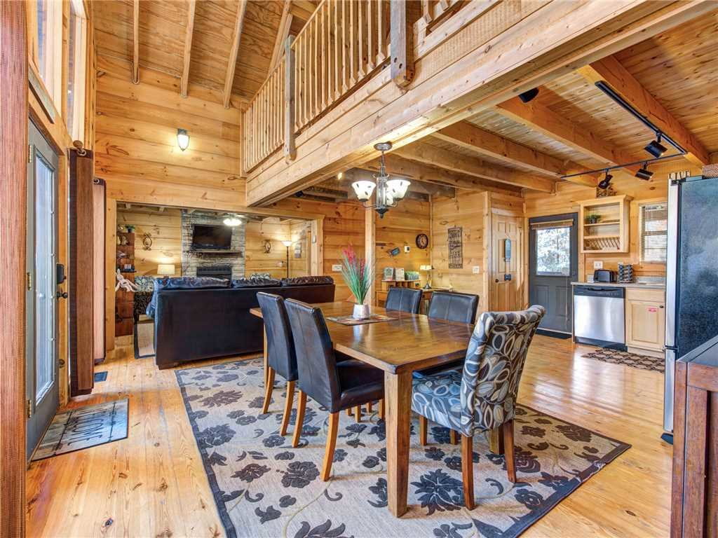 Photo of a Sevierville Cabin named Sunset Lodge - This is the sixth photo in the set.