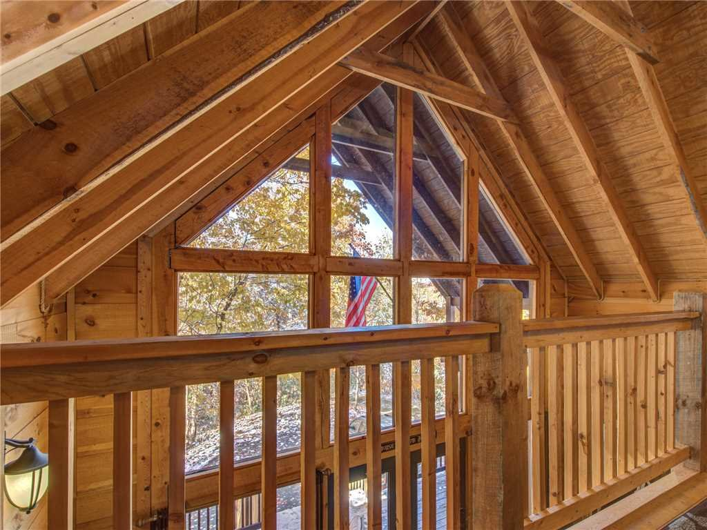 Photo of a Sevierville Cabin named Sunset Lodge - This is the twelfth photo in the set.