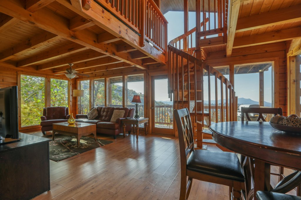 Photo of a Pigeon Forge Cabin named Morning View #131 - This is the thirteenth photo in the set.