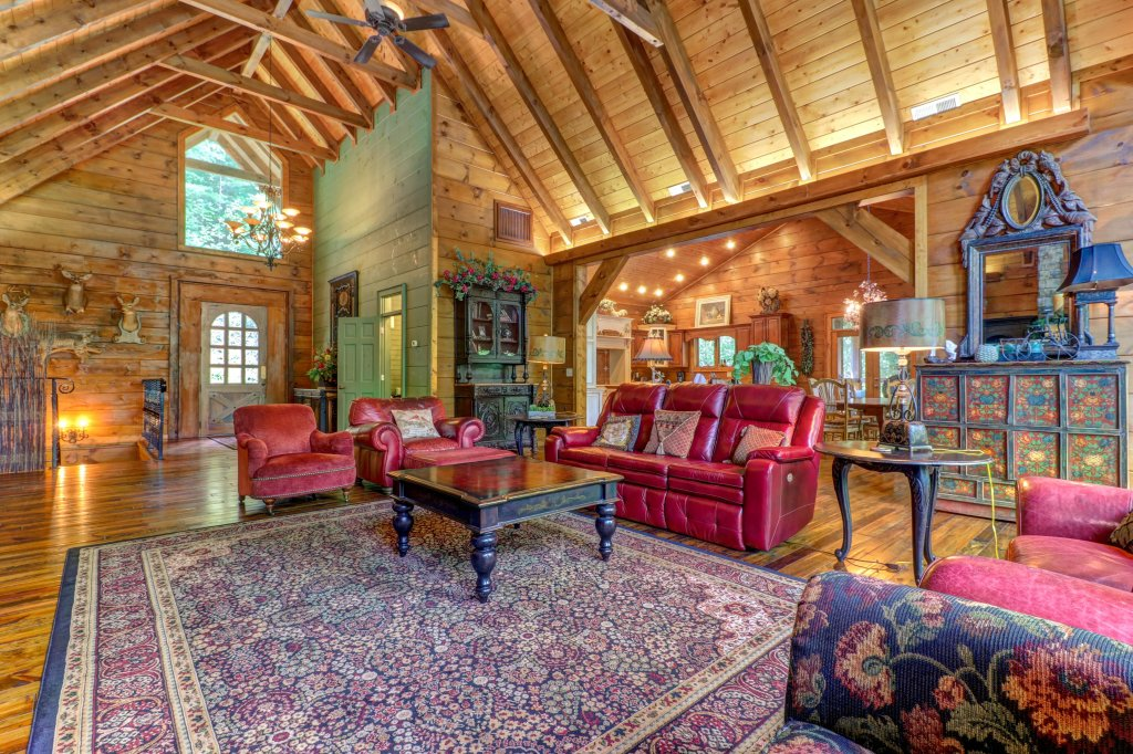 Photo of a Sevierville Cabin named Timberstone - This is the twelfth photo in the set.