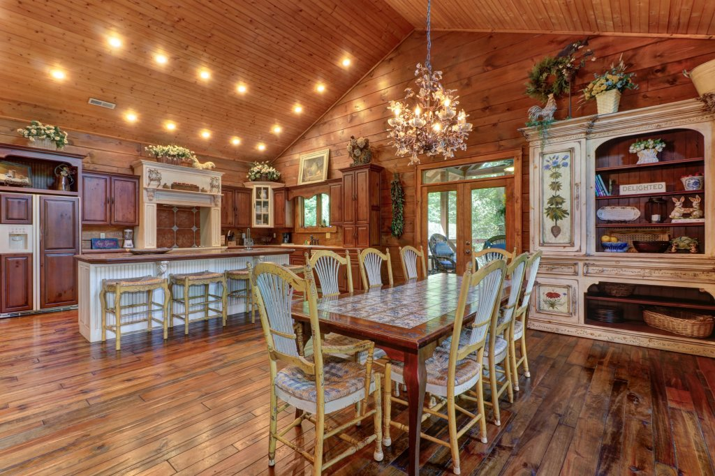 Photo of a Sevierville Cabin named Timberstone - This is the fifteenth photo in the set.