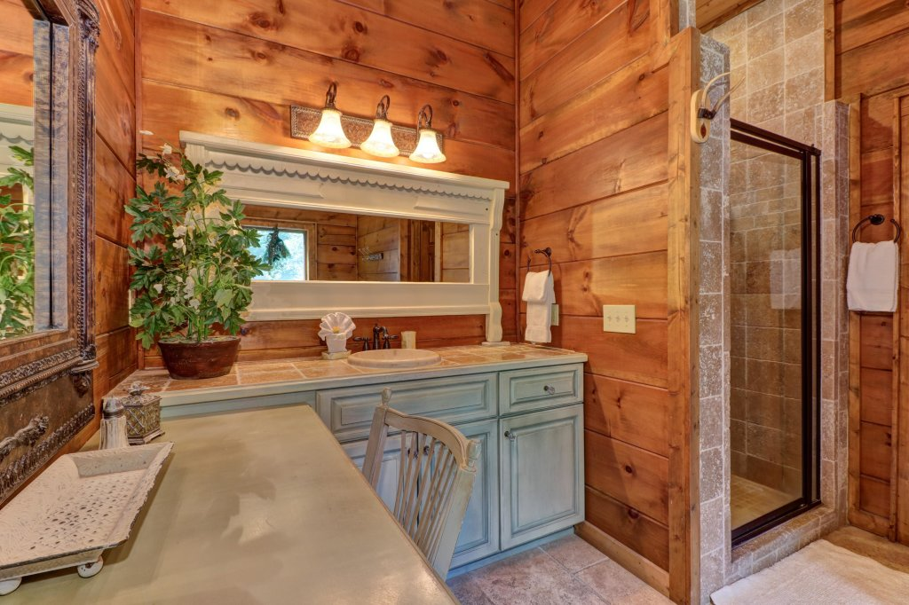 Photo of a Sevierville Cabin named Timberstone - This is the twenty-seventh photo in the set.