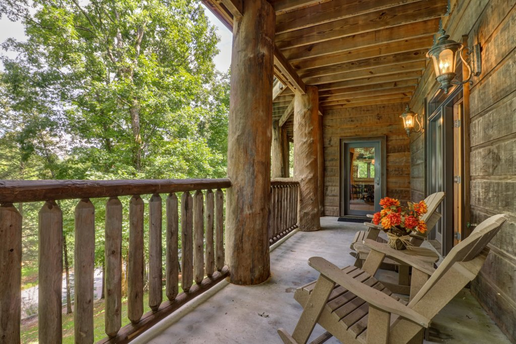 Photo of a Sevierville Cabin named Timberstone - This is the twenty-third photo in the set.