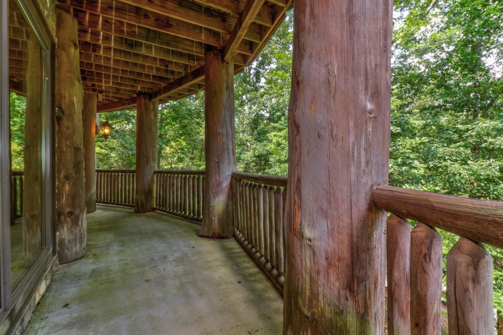 Photo of a Sevierville Cabin named Timberstone - This is the twenty-ninth photo in the set.