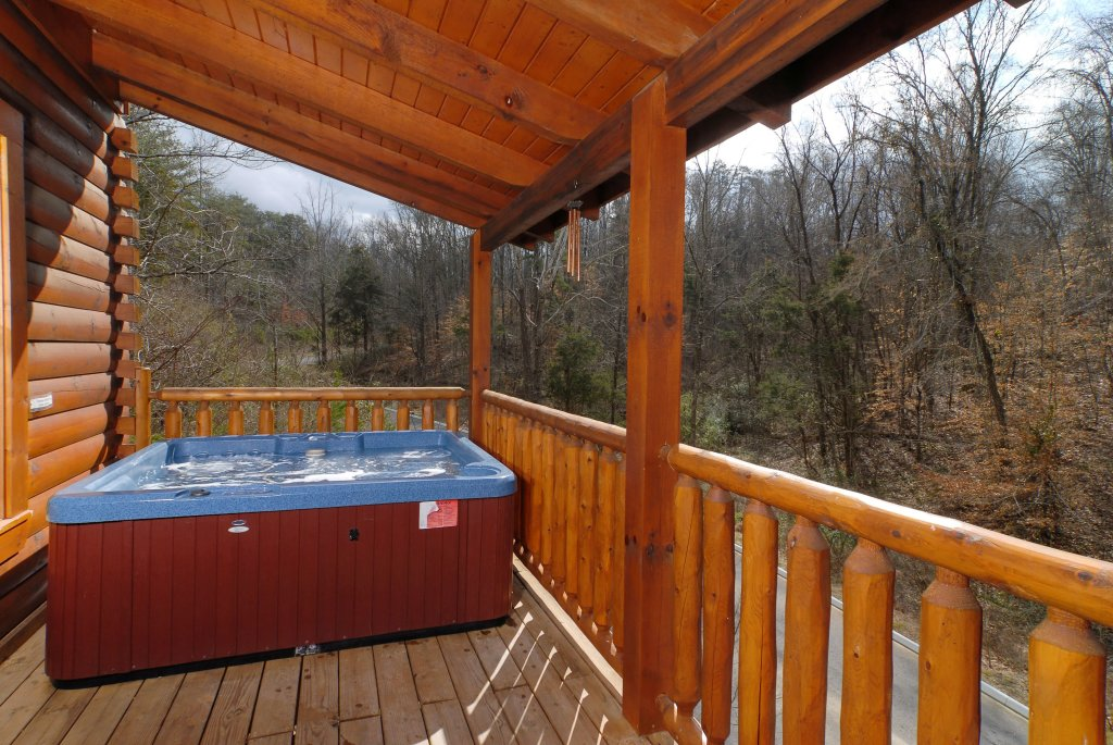 Photo of a Pigeon Forge Cabin named Camelot #266 - This is the twenty-fifth photo in the set.