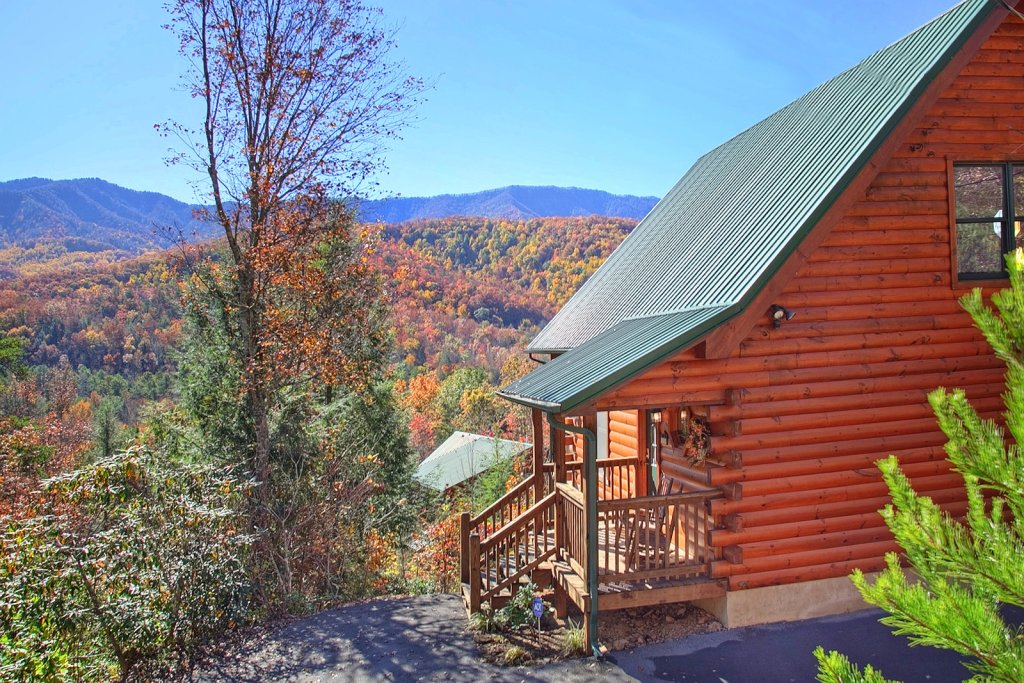 Photo of a Gatlinburg Cabin named Cajun Hideaway - This is the fourteenth photo in the set.
