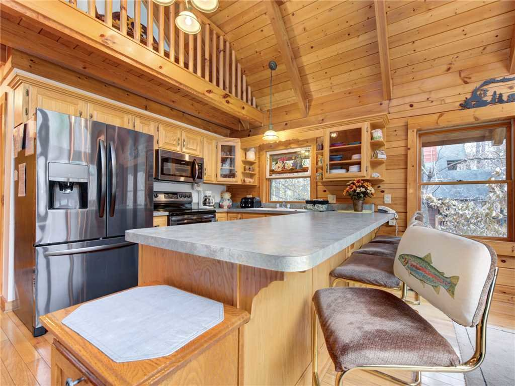 Photo of a Sevierville Cabin named Amazing River Retreat - This is the tenth photo in the set.