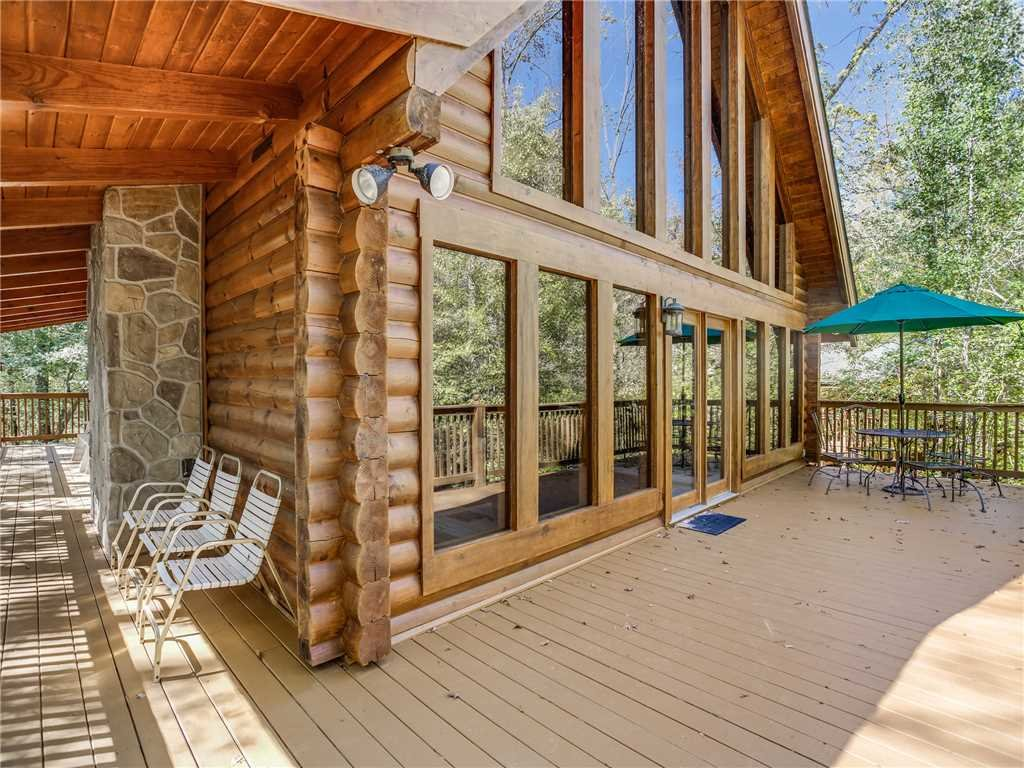 Photo of a Sevierville Cabin named Amazing River Retreat - This is the twenty-seventh photo in the set.