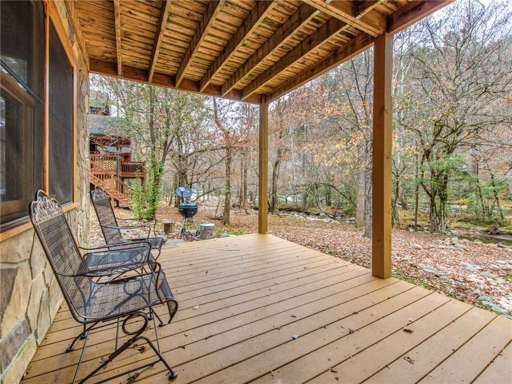 Photo of a Sevierville Cabin named Amazing River Retreat - This is the thirty-second photo in the set.