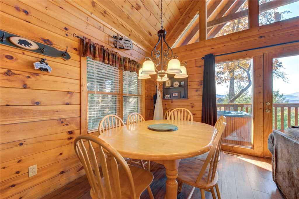 Photo of a Gatlinburg Cabin named Cub's Corner - This is the sixth photo in the set.