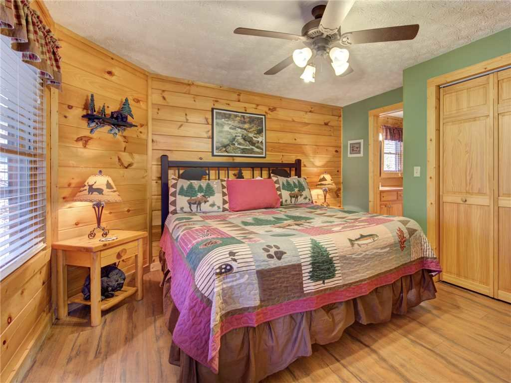 Photo of a Gatlinburg Cabin named Cub's Corner - This is the eleventh photo in the set.