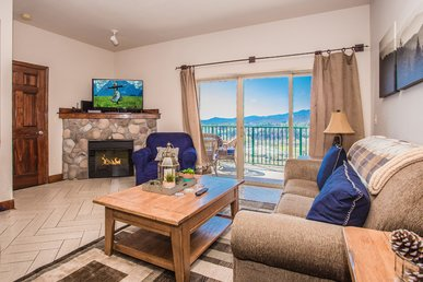 Indoor Pool & Free Dollywood Ticket With This Mtn View 2 Br