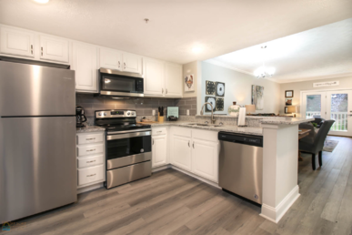 2103 Golf View Towers Lazy Bears Den