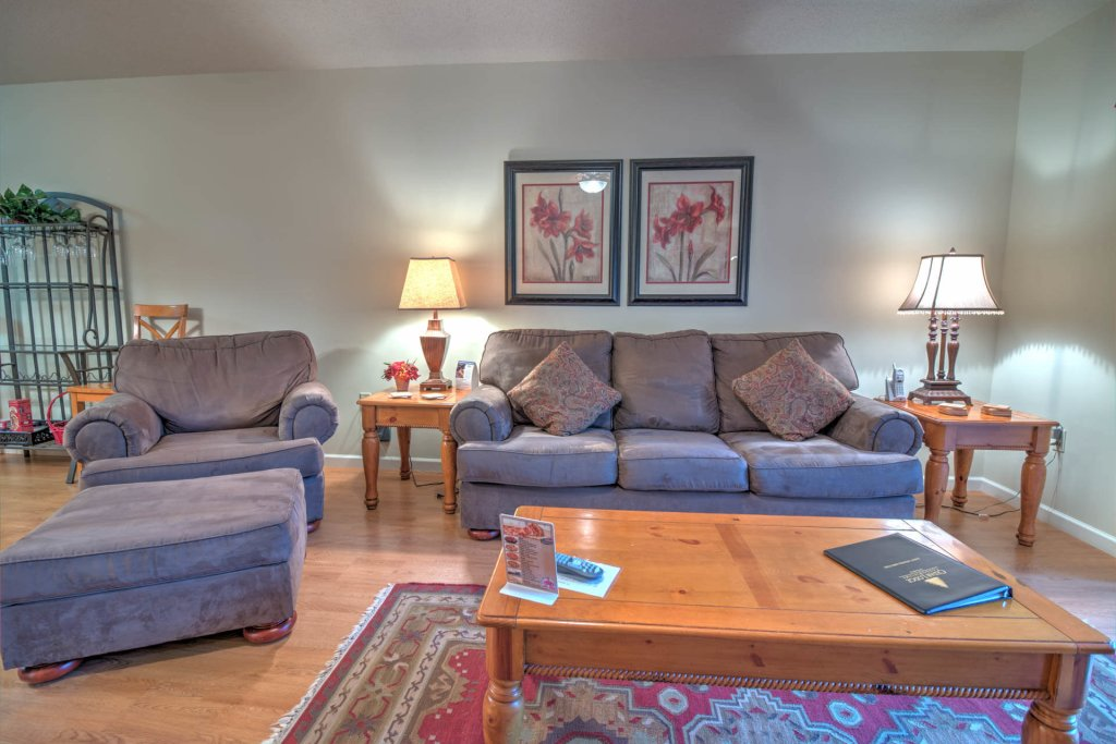 Photo of a Pigeon Forge Condo named Cedar Lodge 102 - This is the first photo in the set.