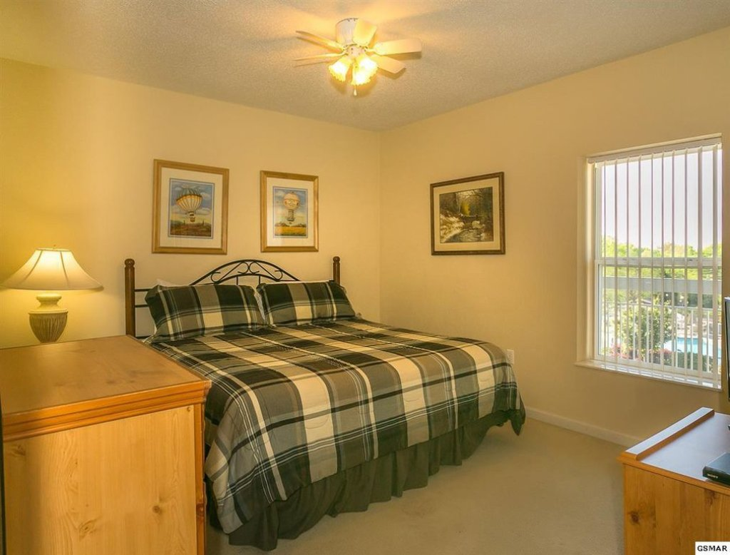 Photo of a Pigeon Forge Condo named Whispering Pines 433 - This is the fourth photo in the set.