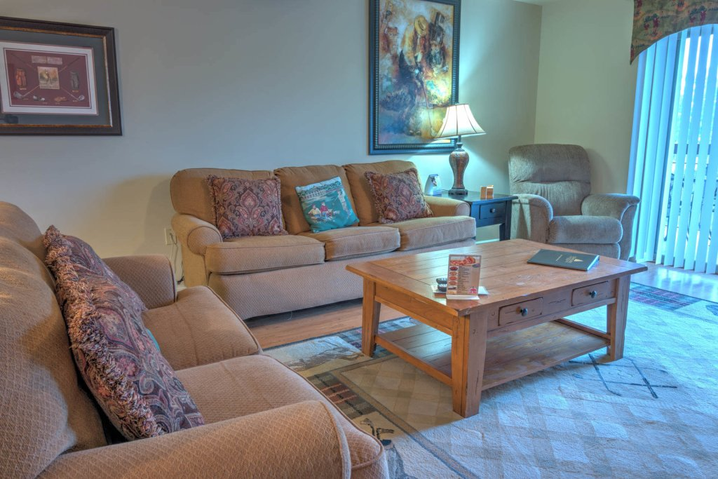 Photo of a Pigeon Forge Condo named Cedar Lodge 702 - This is the twenty-second photo in the set.