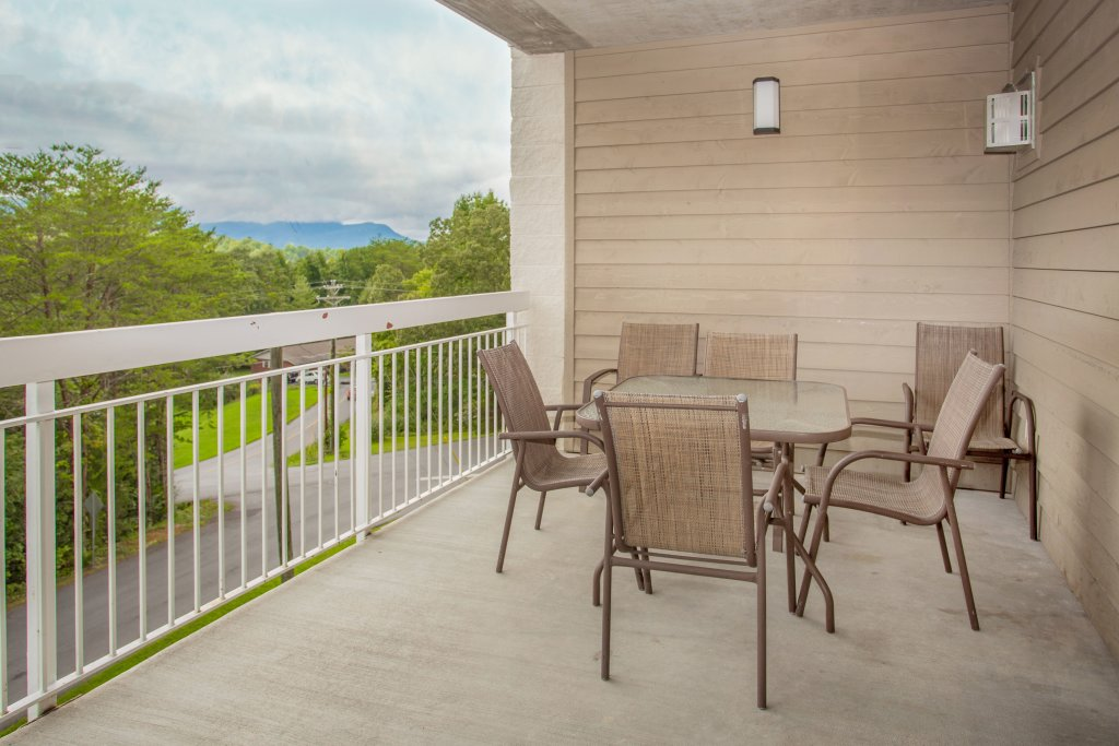 Photo of a Pigeon Forge Condo named Whispering Pines 624 - This is the twenty-first photo in the set.