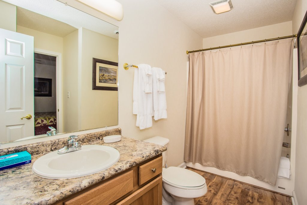 Photo of a Pigeon Forge Condo named Whispering Pines 651 - This is the sixteenth photo in the set.