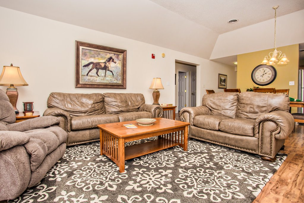 Photo of a Pigeon Forge Condo named Whispering Pines 651 - This is the fourth photo in the set.