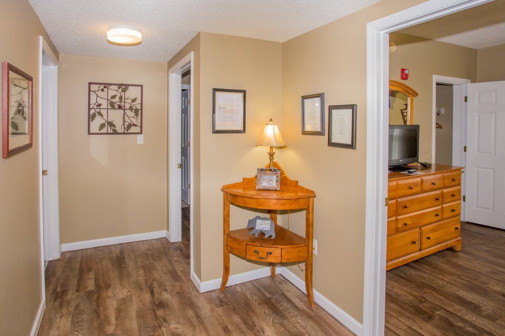 Photo of a Pigeon Forge Condo named Whispering Pines 624 - This is the sixteenth photo in the set.