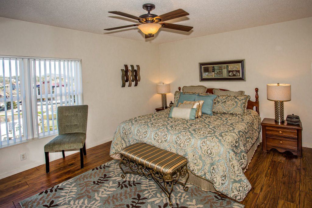 Photo of a Pigeon Forge Condo named Whispering Pines 104 - This is the fifth photo in the set.