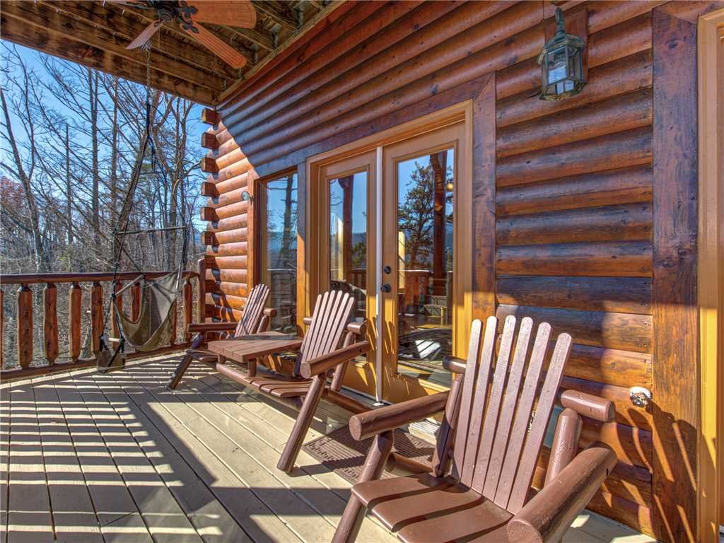 Photo of a Gatlinburg Cabin named Bear's Eye View - This is the thirty-first photo in the set.