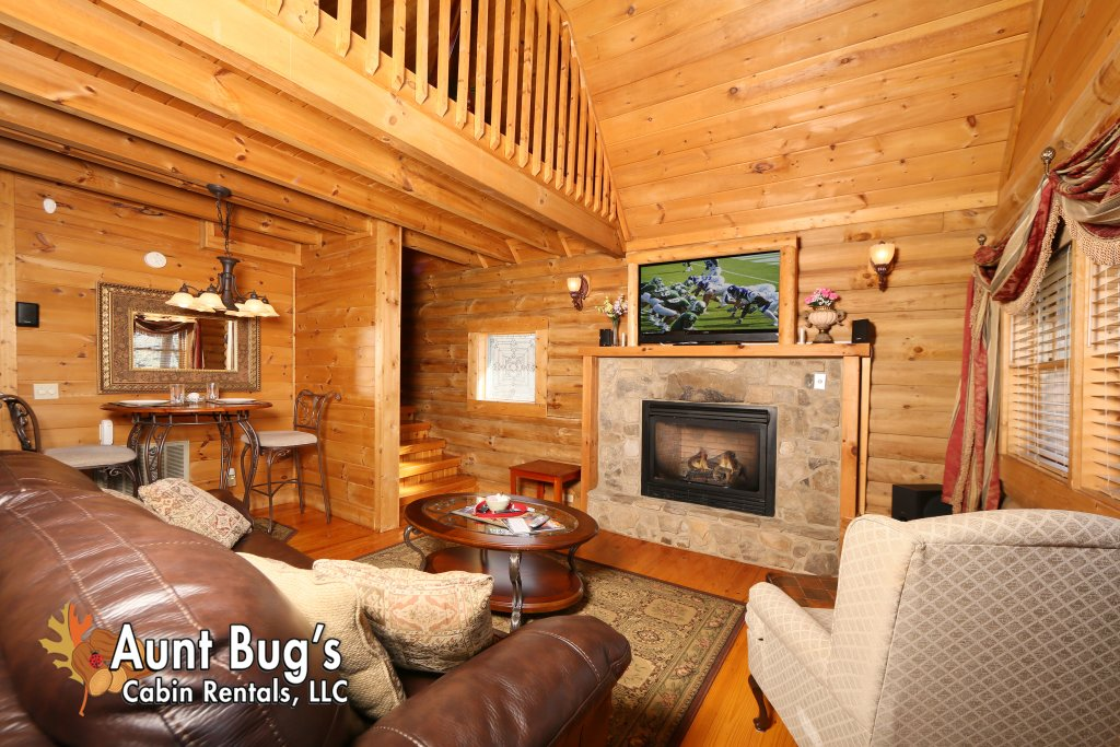 Photo of a Pigeon Forge Cabin named A Moonlight Ridge #162 - This is the fortieth photo in the set.