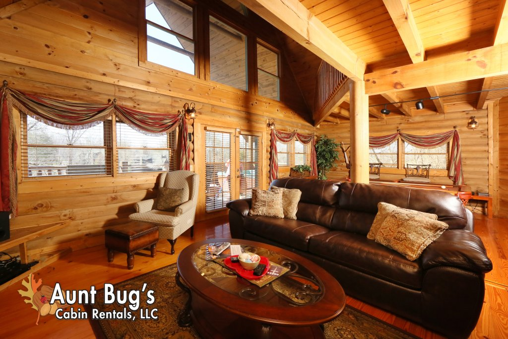 Photo of a Pigeon Forge Cabin named A Moonlight Ridge #162 - This is the forty-second photo in the set.
