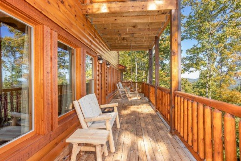 Photo of a Gatlinburg Cabin named Panorama - This is the eighteenth photo in the set.