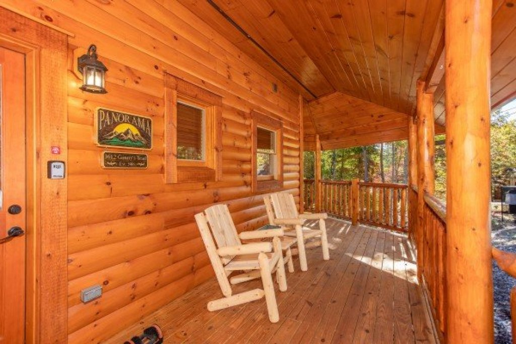 Photo of a Gatlinburg Cabin named Panorama - This is the sixth photo in the set.