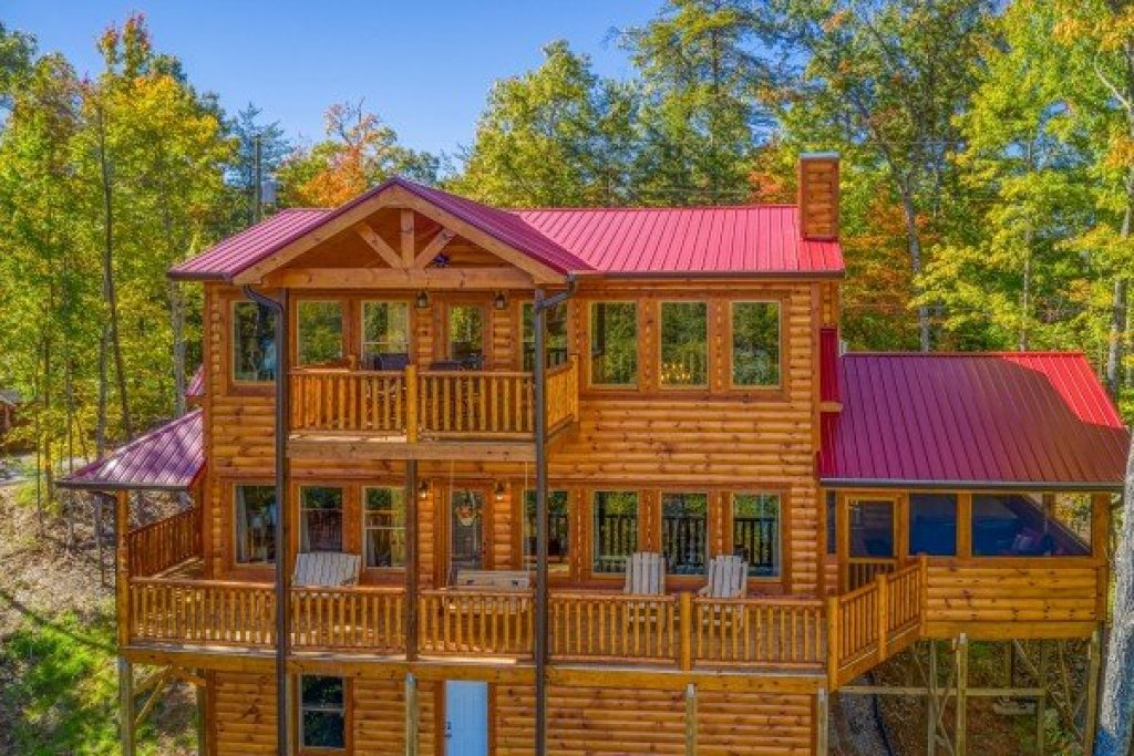Photo of a Gatlinburg Cabin named Panorama - This is the third photo in the set.