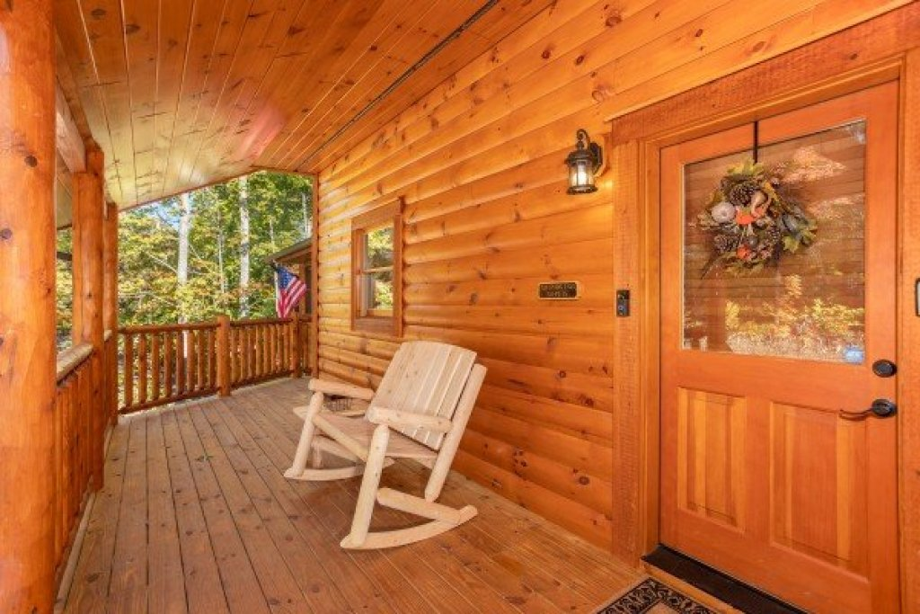 Photo of a Gatlinburg Cabin named Panorama - This is the fifth photo in the set.