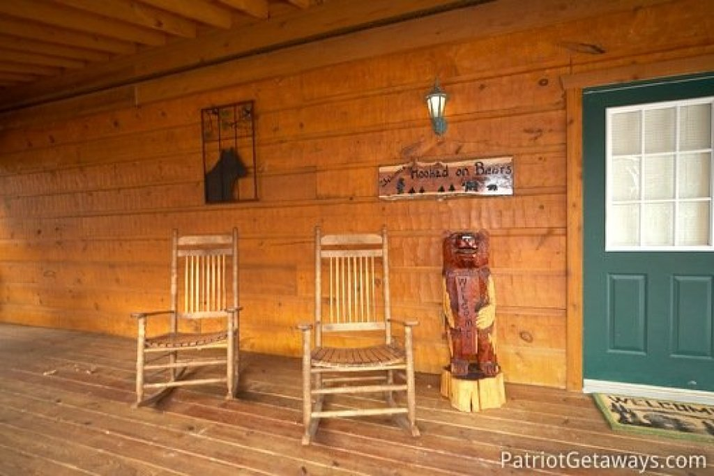 Photo of a Pigeon Forge Cabin named Hooked On Bears - This is the thirteenth photo in the set.