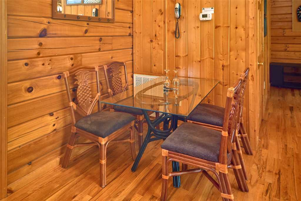 Photo of a Sevierville Cabin named African Safari - This is the sixth photo in the set.