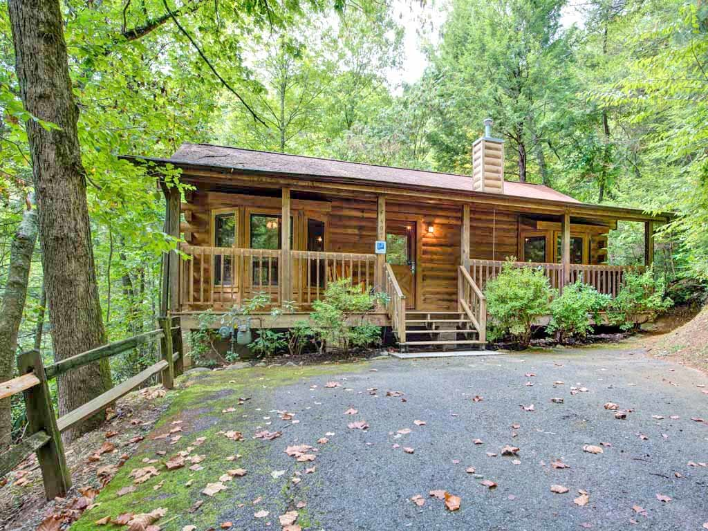 Photo of a Gatlinburg Cabin named Magical Moments - This is the sixteenth photo in the set.