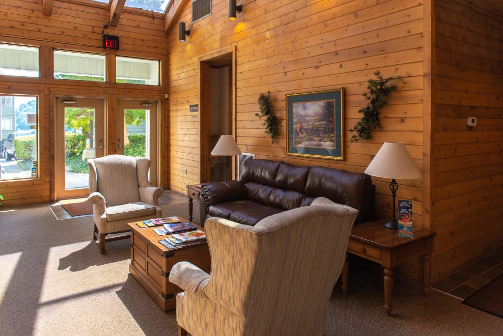 Photo of a Gatlinburg Cabin named Summit Woods Condo - This is the thirty-fifth photo in the set.
