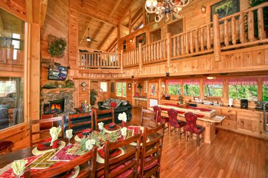 Magnificent cabin with hot tub, jetted-tubs, pool table, grill, and free passes to local attractions