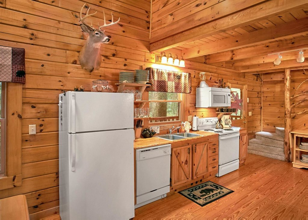 Photo of a Sevierville Cabin named Creekside Oasis #3 - This is the ninth photo in the set.