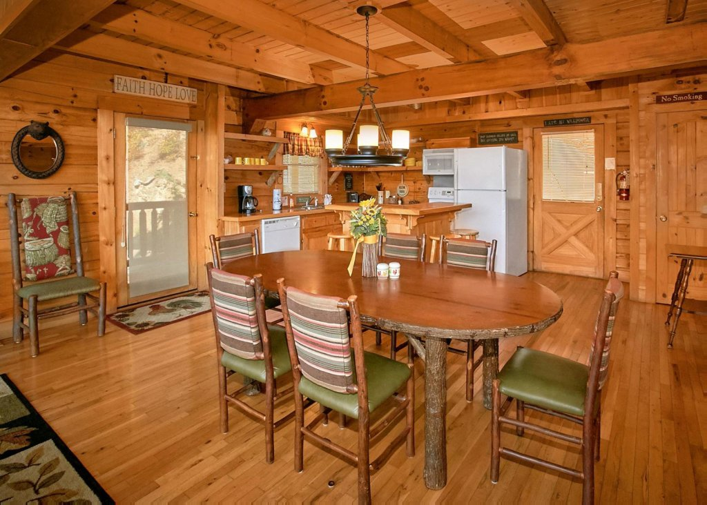 Photo of a Sevierville Cabin named Perfect Peace #46 - This is the fifth photo in the set.