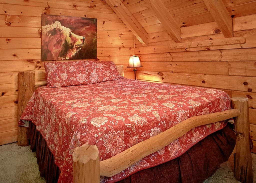 Photo of a Sevierville Cabin named Creekside Oasis #3 - This is the fourteenth photo in the set.