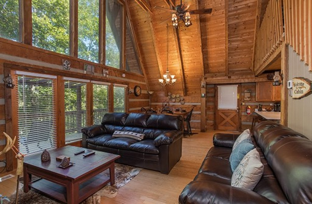 Photo of a Gatlinburg Cabin named Soaring Heights - This is the fifth photo in the set.