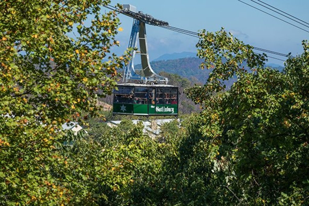 Photo of a Gatlinburg Cabin named Soaring Heights - This is the third photo in the set.