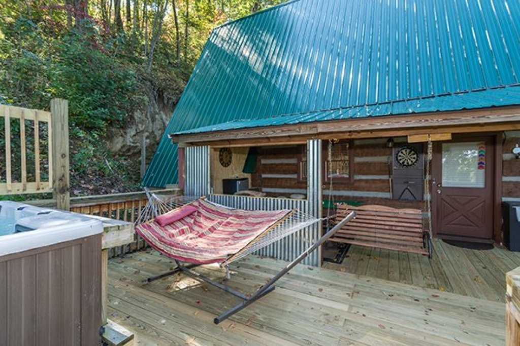 Photo of a Gatlinburg Cabin named Soaring Heights - This is the twenty-seventh photo in the set.