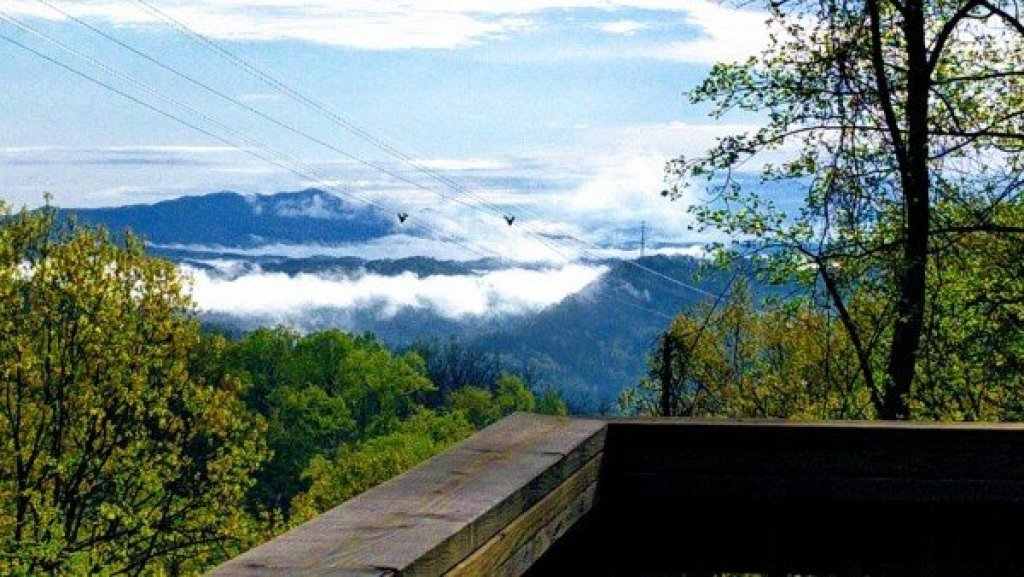 Photo of a Gatlinburg Cabin named Soaring Heights - This is the seventeenth photo in the set.