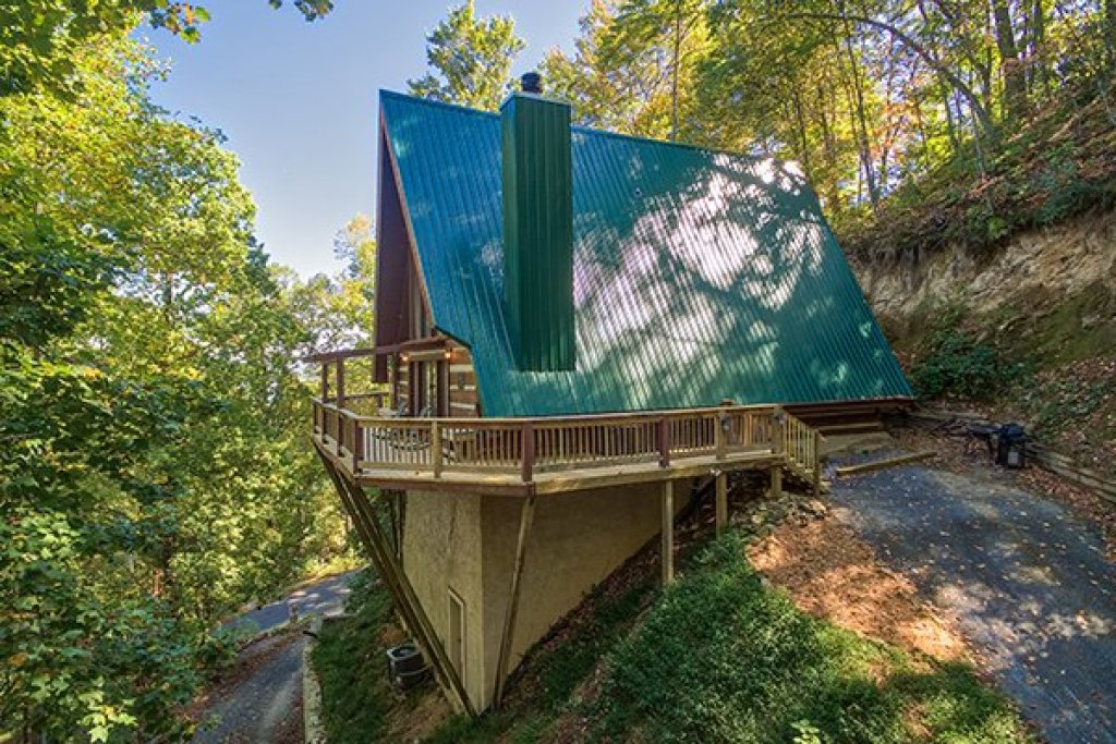 Photo of a Gatlinburg Cabin named Soaring Heights - This is the second photo in the set.