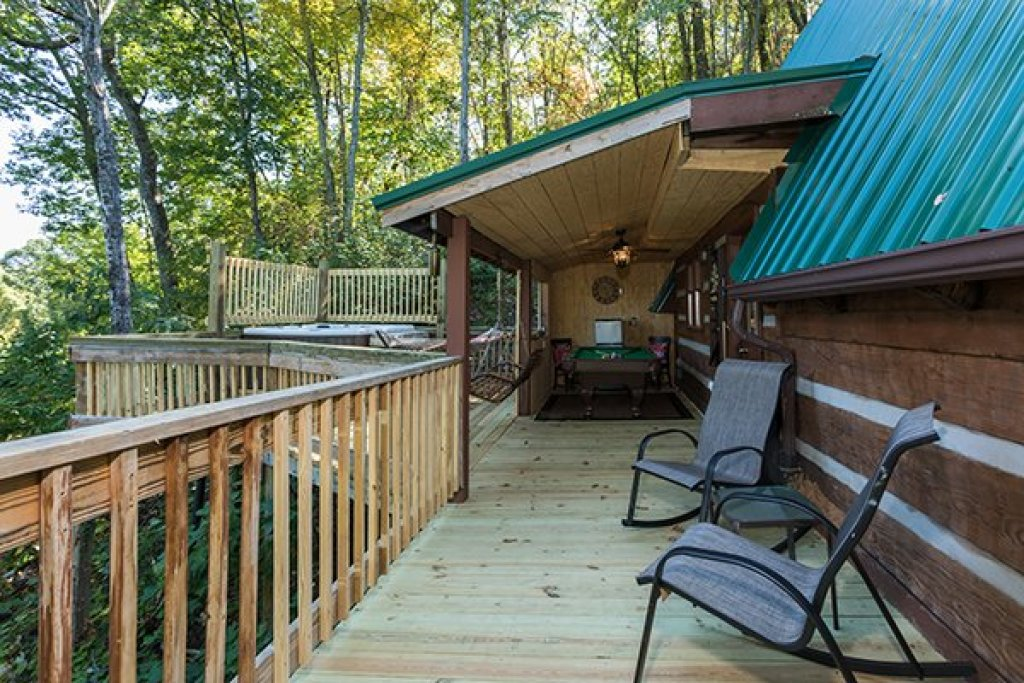 Photo of a Gatlinburg Cabin named Soaring Heights - This is the twenty-sixth photo in the set.
