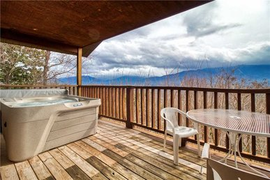 Park View 1, 2 Bedrooms, Mountain View, Hot Tub, Sleeps 4