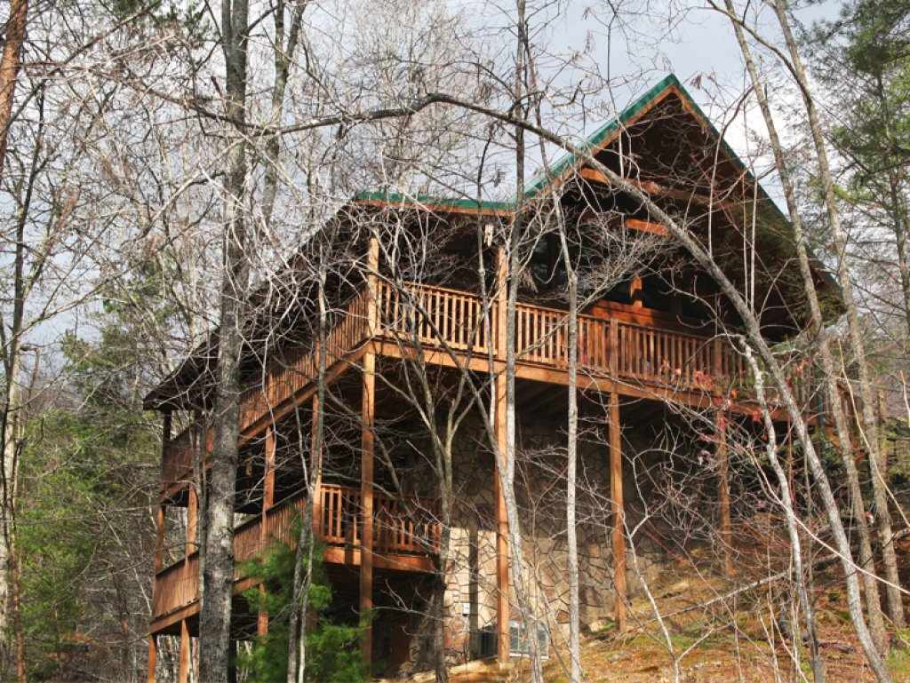 Photo of a Gatlinburg Cabin named Running Bear - This is the twenty-second photo in the set.