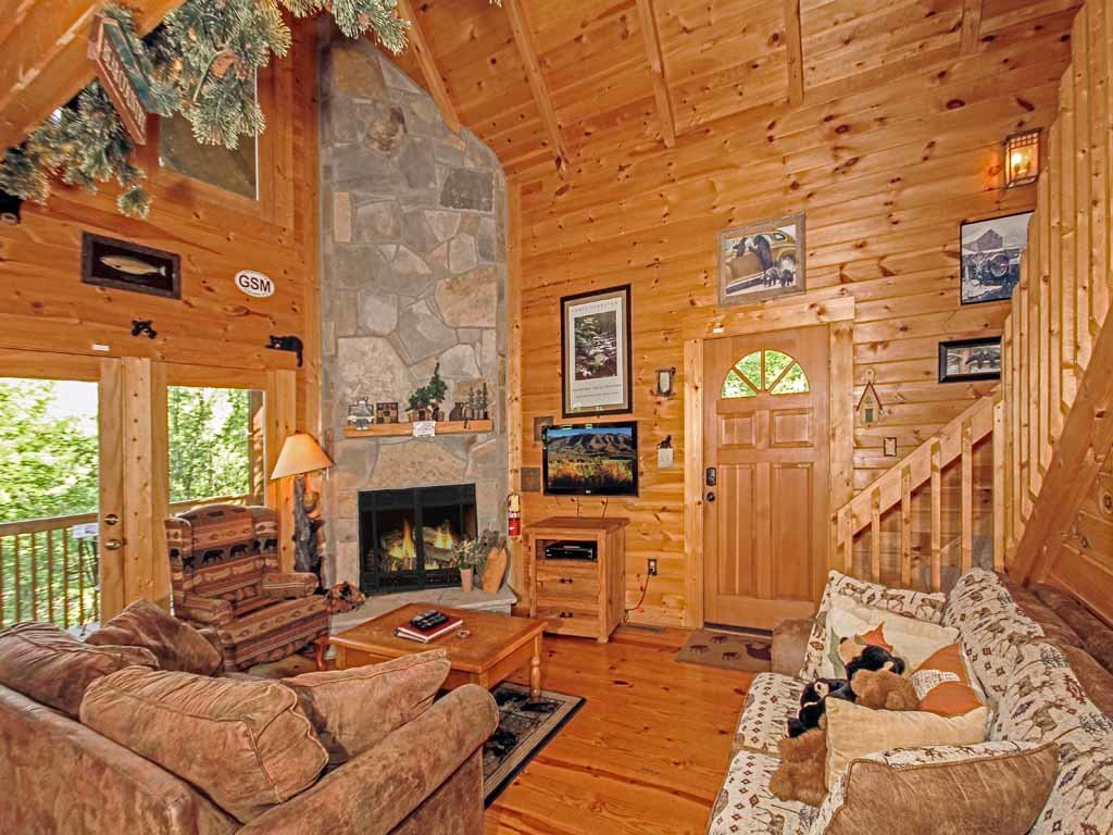 Photo of a Gatlinburg Cabin named Bear Country Cabin - This is the third photo in the set.